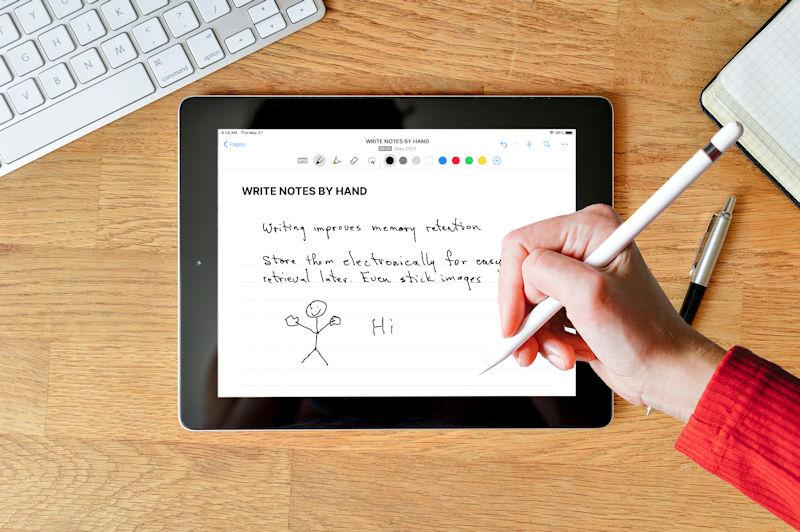 writing on ipad with apple pencil